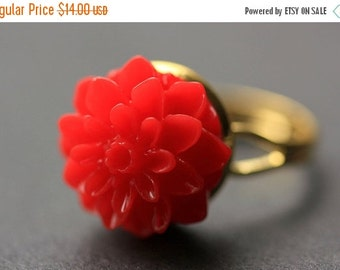 MOTHERS DAY SALE Red Mum Flower Ring. Red Chrysanthemum Ring. Red Flower Ring. Adjustable Ring. Handmade Flower Jewelry.