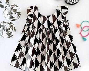 Size 4 Zara YummiSwing Top