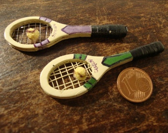 dollhouse Miniature tennis racket with ball 1.12 scale