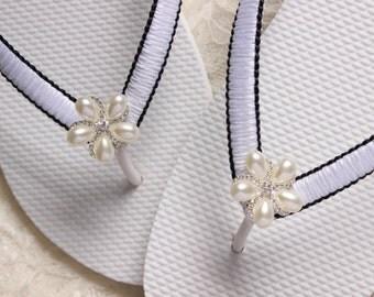 Black and White wedding FLIP FLOPS, Summer flip flops, Women flip flops, Retirement gift for her, Gift for women, gift for her, bride gift