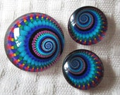 Spiral cabochons for jewelry and beading