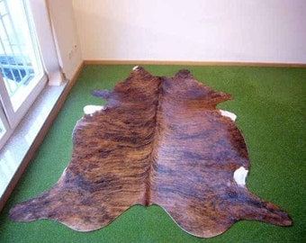 Cowhide Exotic 2585 - 5.9x7 ft. (181x214 cm)