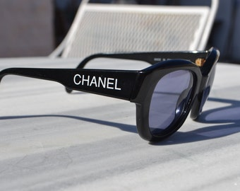 Vintage authentic Chanel sunglasses made in Italy model number 05247