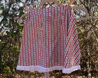 Retro Christmas Half Apron - Vintage Lace Trimmed Holiday Wear for a Hostess With the Mostest, Gift for a Hostess, Christmas + Holiday Apron