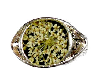 Ring carved in Tibetan silver dry flower jewelry queen anne lace white on black resin