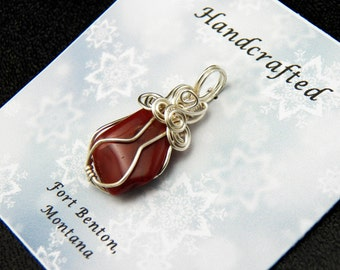 Wire Wrapped Stone Pendant - Silver Wire Cage Pendant - Natural Stone Pendant - Costume Jewelry - Handmade Montana USA - Free Shipping