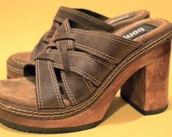 Vintage 90s Womens Deadstock Wood Platform Sandal Bongo Summer Boho dClub Kid Spice Girls Clueless