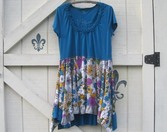 M rustic tunic, lagan style floral, Teal boho hippie teal, bohemian fashion clothing, Shaby Vintage