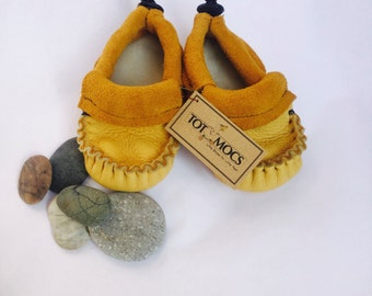 Elk Hide Baby Moccasins, Elastic closure, Soft Sole Toddler shoes,Individually Handmade by Totmocs, Free shipping