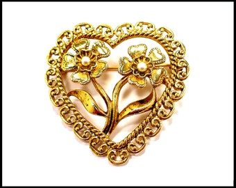 Gold Filigree & Pearl Heart Brooch, 3D Flowers, Gold Flower Brooch, Gold Heart Brooch, Pearl Bridal Pin, Hostess Gift For Her