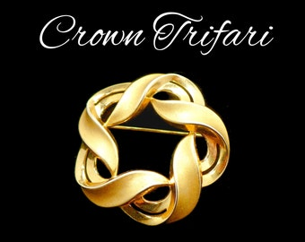 Crown Trifari Brooch, Large Gold Brooch, Satin & Shiny Gold Atomic Design, Ribbon Swirls, Gift For Her, Gift For Collector