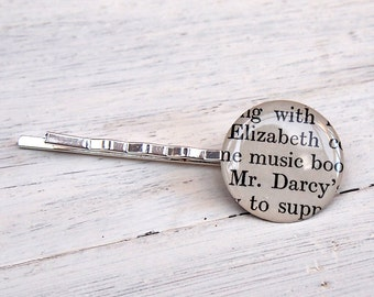 Elizabeth and Mr. Darcy Pride & Prejudice hair pin (bobby pin).  Made using an original book (1952).
