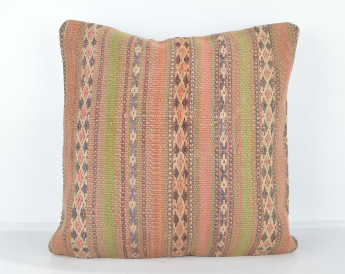 Decorative Pillows, KP840, Designer Pillows, Kilim pillow, Bohemian Decor, Wool Pillow,  Bohemian Pillow, Accent Pillows, Throw Pillows