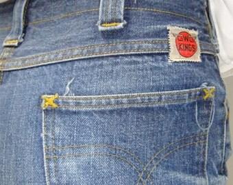 "70s cut off GWG jean shorts / denim shorts / jean cut offs / 29"" waist"