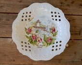 Province theme china plate, PEI, Prince Edward Island, lighthouse and lady slipper, lattice