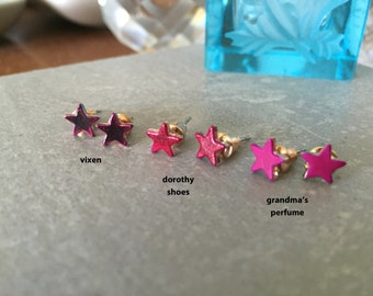 STAR studs vixen > blood red tiny star earrings << cuz stupid high heels are just too painful