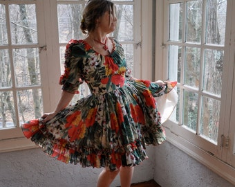 Vintage Carmen Dress/Latin Dance Dress/Floral Voile Full Skirt Dress/Off The Shoulder Patio Party Dress/Size Medium