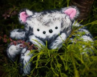 Spiderkitty - Handcrafted Spider Plush,Fiber Art