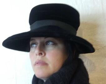 Vintage 60s Black Velvet Wide Brim Hat Mad Hatter A244