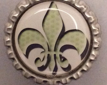 green  fleur de lis retractable ID badge holder