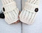 Two pairs of custom crochet gloves for Lisa