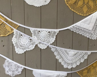 Gold and Ivory Wedding Bunting, Vintage Doily Bunting, Doily Banner, Gold Themed Wedding, Vintage Style Wedding, 3 Metres Doily Bunting