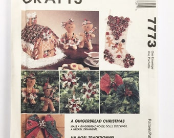 UNCUT McCall's Crafts 9119 Gingerbread Christmas Decor Sewing Pattern Poinsettia Gingerbread Boy/Girl Gingerbread House