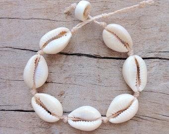cowrie shell bracelet , mermaid bracelet , beach bracelet , beachcomber bracelet