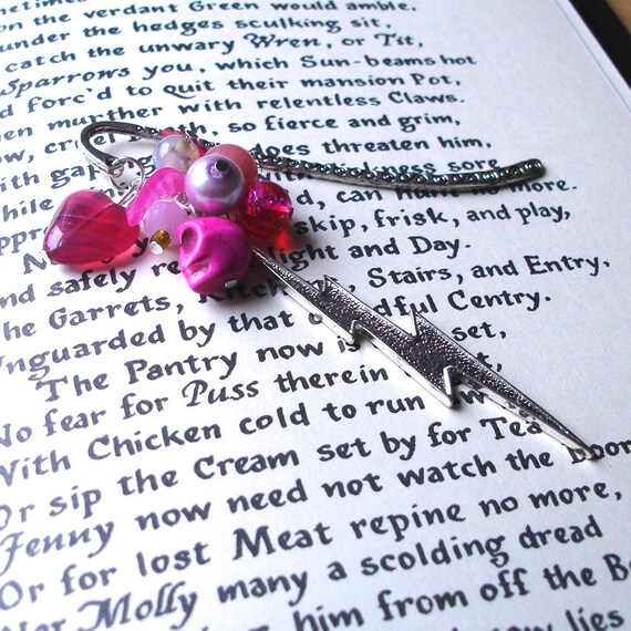 Lightning Skull Bookmark with Pink Beads - Lightning Charm - Bead Cluster - Fashion Accessories - For Her - Pink Heart, Lucite Leaf, Pearl