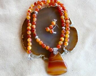 Lovely 21 Inch Burnt Orange Carnelian Pendant Necklace with Earrings