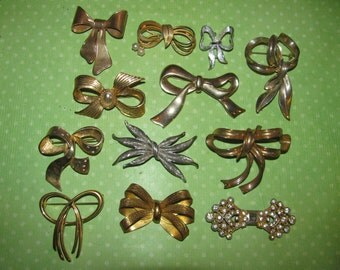 Vintage Gold & Silver Tone Rhinestone Bow Design Brooches Pin