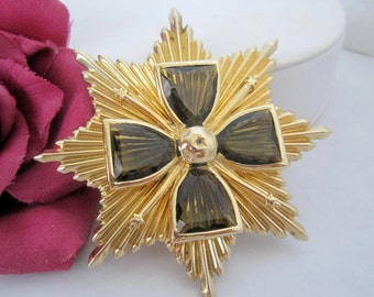Heraldic Maltese Cross Brooch -  Signed Accessocraft NYC - Topaz Cabachon - 60's Pendant