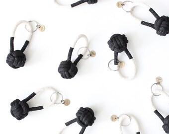 Rope Knot Keychain / black