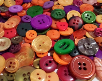 """500+ Autumn Buttons - Butterscotch, Orange, Dark Red, Burgundy, Red, Forest Green, Olive Green, Brown, Tan, Purple, Sizes 1/4"""" to 13/16"""""""