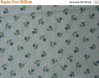 40% OFF Cotton Quilt Fabric Floral Fabric Green Purple Flowers - 1 Yard - CFL0613
