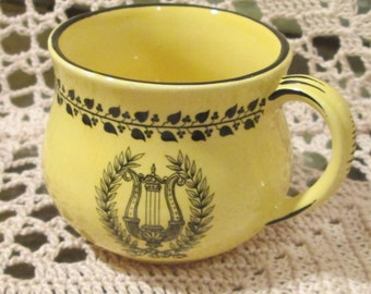Vintage Mottahedeh Design Italian Pottery Cup with Musical Instrument Pattern