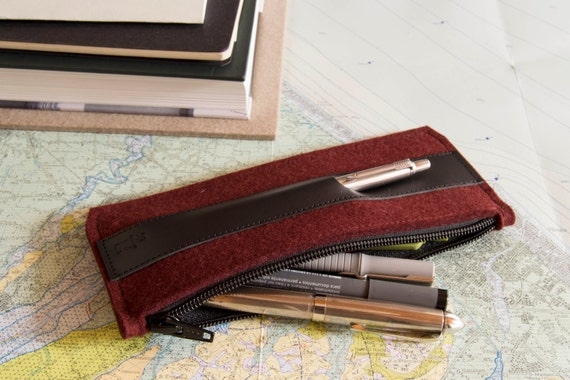 Felt and leather PENCIL CASE, sunglasses case, pen holder, maroon and black, wool felt, handmade, made in Italy