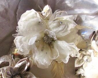 MAGGIE - Magnolia Bridal Bouquet - MAGGIE