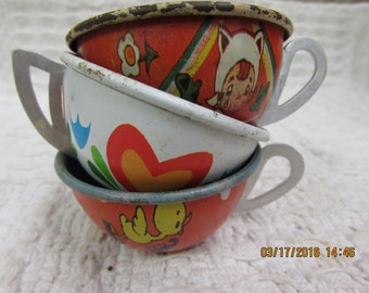Vintage Ohio Art Set of 3 Tin Tea Cups Duck Hearts