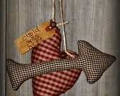 Primitive Valentines Day Decor-Peg Hangers