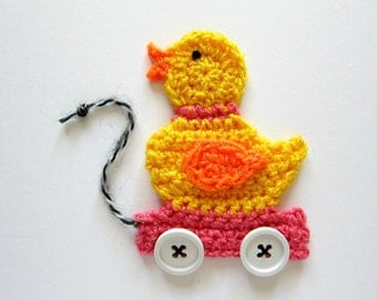"""1pc 4""""  Crochet Pink PULL DUCK TOY Applique"""