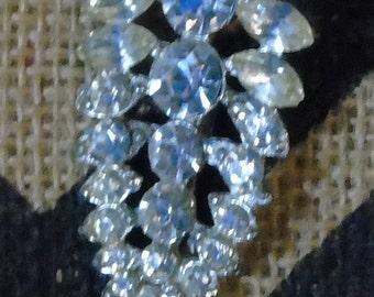 vintage rhinestone pin gunmetal BLING !