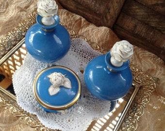 Dresser Tray Perfume Bottles Porcelain Blue White Cabbage Roses Trinket Dish Mirrored Filigree Vanity Accessory Gift for Her Romantic Decor