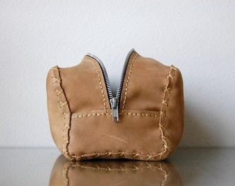 World Traveler Leather Bathroom Bag