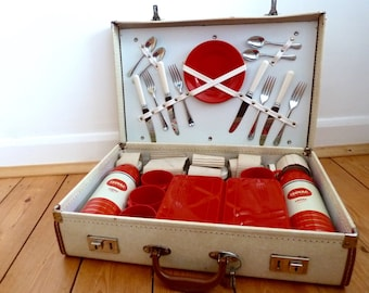 Original vintage 1950s isovac picnic set / made in England