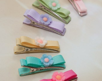 Beautiful Tiny Little Clips Infant Toddler Bow Clips with Flower