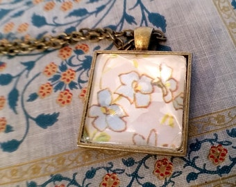Vintage Floral Wrapping Paper Necklace