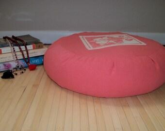 "Zafu Meditation Cushion. Round Floor Pillow. Repurposed Cotton fabric. Hibiscus in Pink. Buckwheat Hulls.  6""Sidewall Zipper. 15x5. USA made"