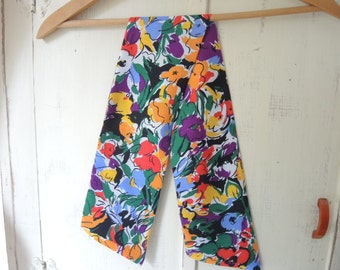 Vintage 1980s polyester scarf abstract floral flowers 4.5 x 34 inches