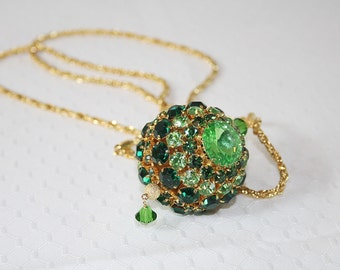 Vintage Dazzling Green Rhinestone Necklace Party Necklace Vintage Goldtone Chain